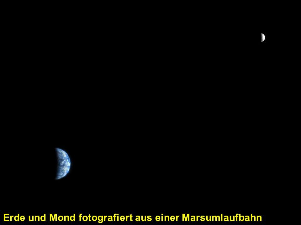 Erde und Mond fotografiert aus einer Marsumlaufbahn