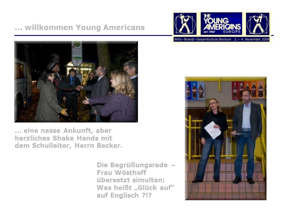 Die Begrüßungsrede – Frau Wösthoff übersetzt simultan: Was heißt Glück auf auf Englisch ?!?...