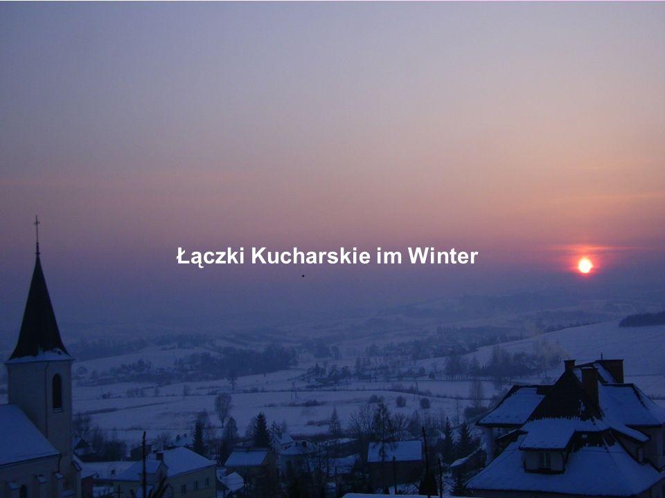 Łączki Kucharskie im Winter