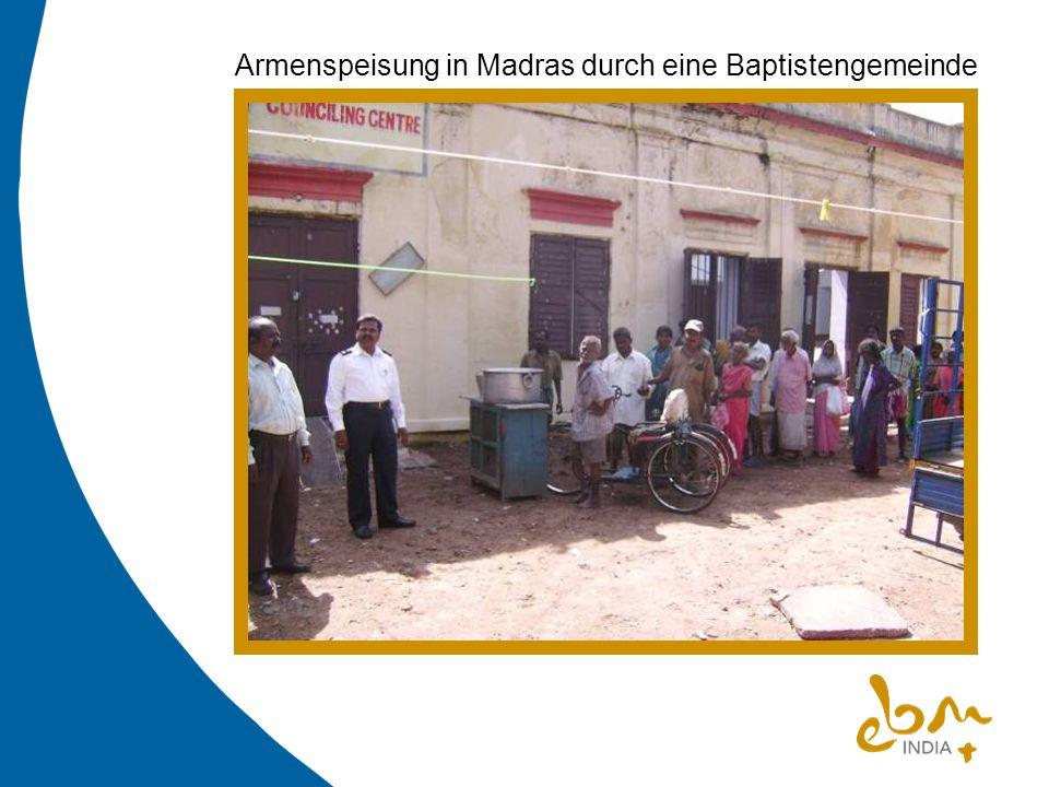 Armenspeisung in Madras durch eine Baptistengemeinde