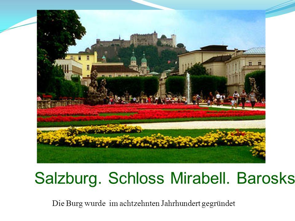 Salzburg. Schloss Mirabell. Baroskstill. Die Burg wurde im achtzehnten Jahrhundert gegründet