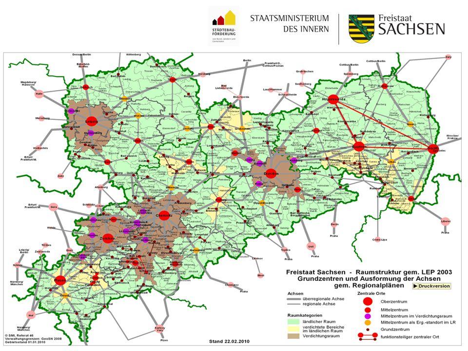 SMI Referat 54 Förderung kleinerer Städte und Gemeinden – überörtliche Zusammenarbeit und Netzwerke Zuwendungsempfänger - mögliche Antragskonstellationen Zentraler Ort in Abstimmung mit den umliegenden Gemeinden u./o.
