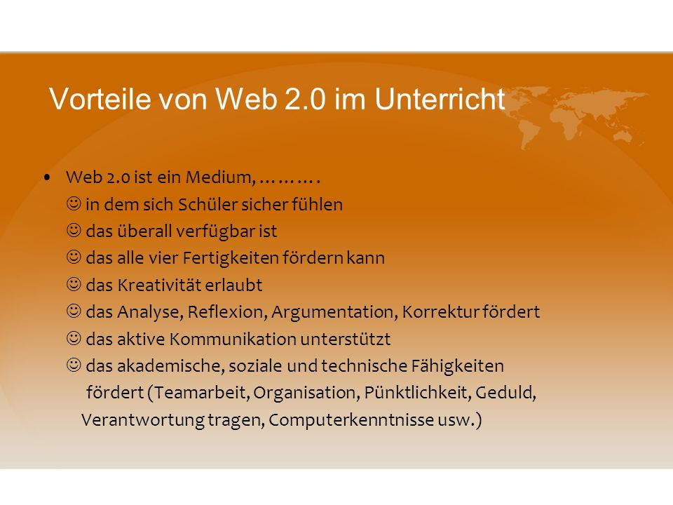 das Internet (Web 1.0) passives Medium: Lesetexte, Grammatikübungen, Hörübungen usw. wenig Interaktion Blogs, Wikis, Social Networks (Facebook), Podca