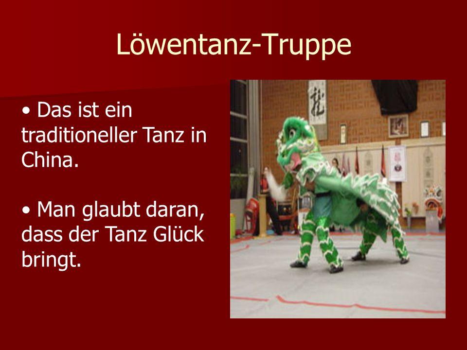Löwentanz-Truppe Das ist ein traditioneller Tanz in China.