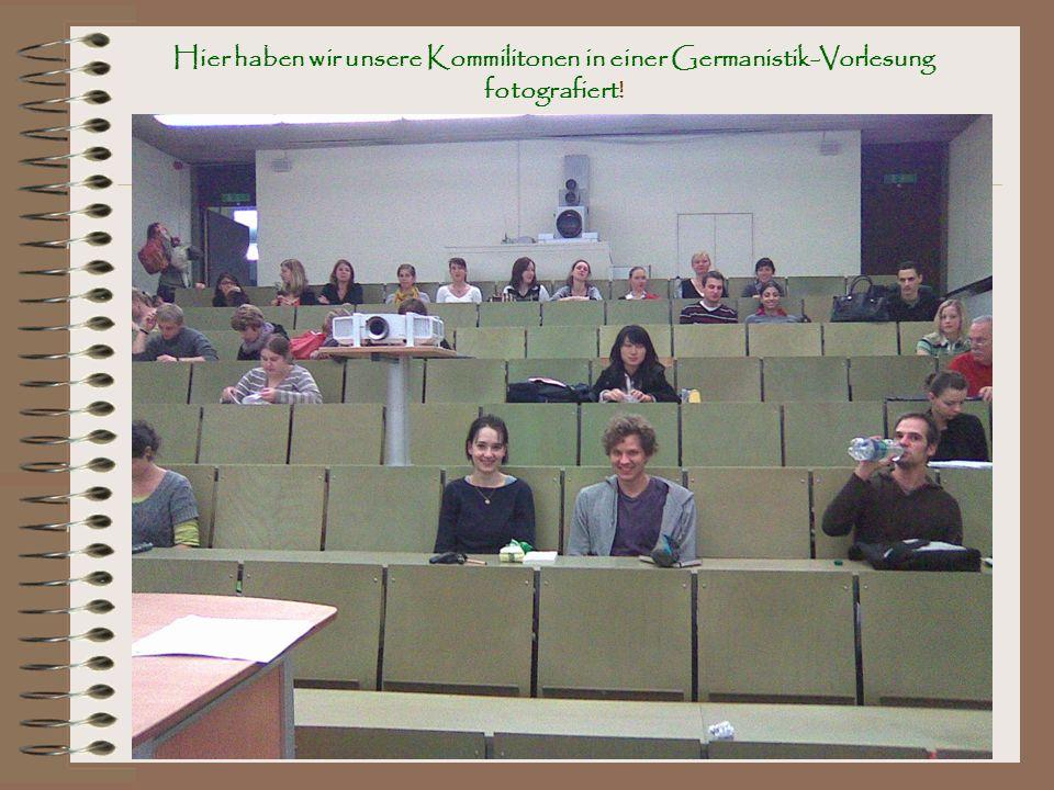 Hier haben wir unsere Kommilitonen in einer Germanistik-Vorlesung fotografiert!