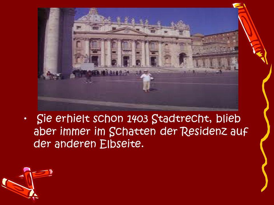 Der barocke Wiederaufbau schuf reizvolle Straßen- und Platzensembles, die heute noch im Gebiet um die Königstraße erlebbar sind.