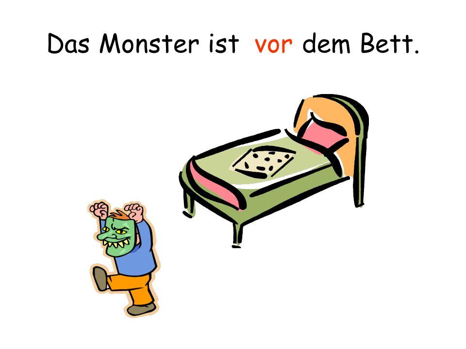 Das Monster ist dem Bett. hinter