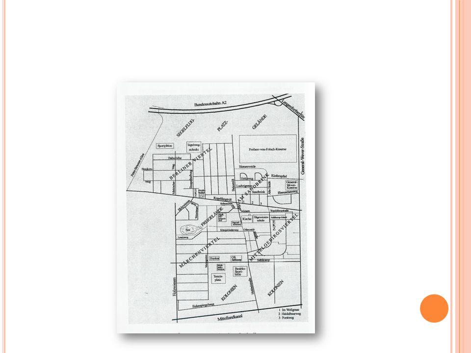 L OKALE B ESCHÄFTIGUNGSFÖRDERUNG DURCH DEN S TADTTEILBAUERNHOF 1 Erzieherin (ABM) im offenen Bereich 1 Erzieherin (ABM) im offenen Bereich und im hort-ähnlichen Angebot ( Stadtindianer ) 1 Erzieherin (HzA) im hort-ähnlichen Angebot ( Stadtindianer ) 1 Tierpflegerin (ABM) 6 Hausmeister (HzA) für Hausmeister-, Bewachungs- und Reinigungsaufgaben 1 Küchenhilfe (HzA) 1 Bäcker (geringfügiges Beschäftigungsverhältnis) für das Sonntags- Café 1 Sozialarbeiterin (ABM) für Gruppenführungen und Öffentlichkeitsarbeit 1 Geschäftsführer/Teilzeit (finanziert aus Betriebsmitteln der hort- ähnlichen Einrichtung Stadtindianer ) für die Organisation des hort- ähnlichen Angebots 1 Sozialarbeiter (30 Std.), finanziert über den Kooperationspartner ProMigration (ehem.