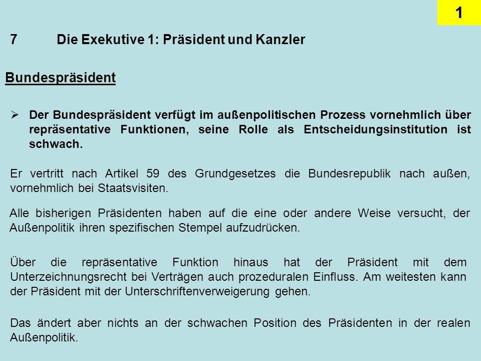 2 Der bis 1994 amtierende Präsident Richard von Weizsäcker war mit symbolischer Politik gegenüber dem Bundeskanzler häufig weiter gegangen als seine Vorgänger und Nachfolger.