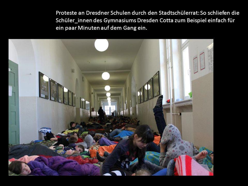 Proteste an Dresdner Schulen durch den Stadtschülerrat: So schliefen die Schüler_innen des Gymnasiums Dresden Cotta zum Beispiel einfach für ein paar Minuten auf dem Gang ein.