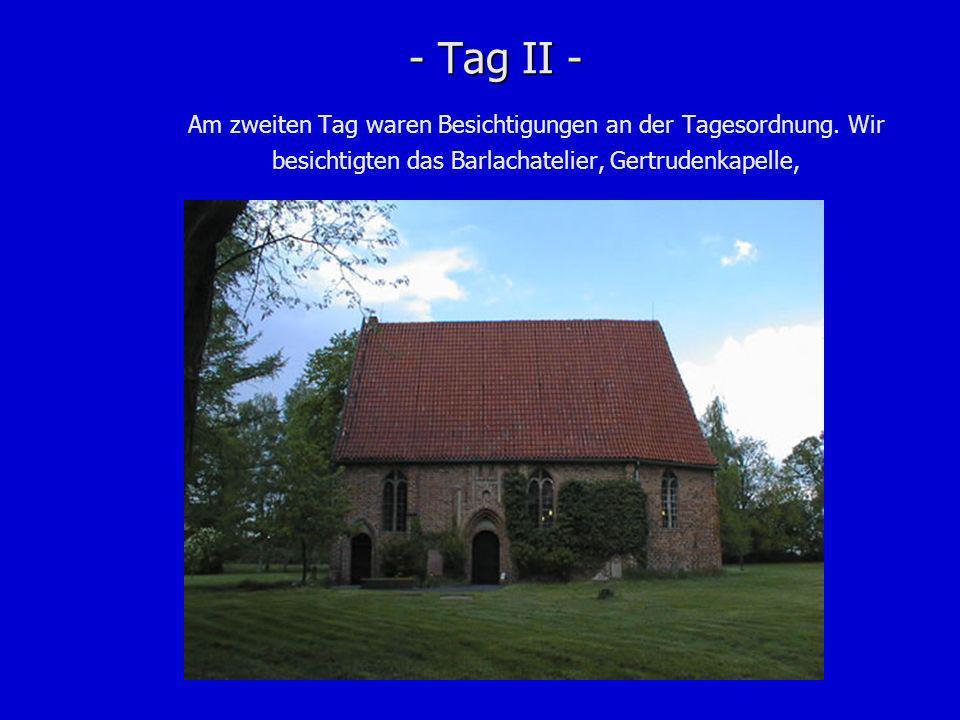 - Tag II -...den Schwebenden im mächtigen Dom und nebenbei auch noch Güstrow.