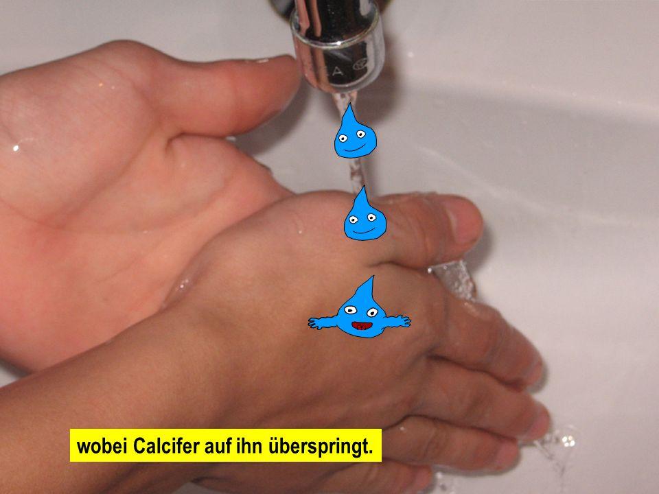 Das ist Ali. Ali wäscht sich gerade in Zimmer 14 die Hände,