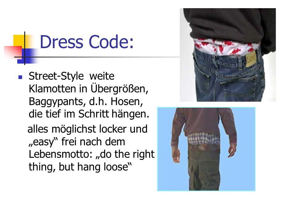 Dress Code: Street-Style weite Klamotten in Übergrößen, Baggypants, d.h.