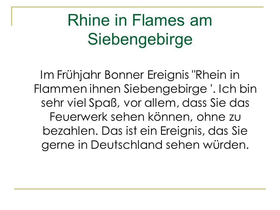 Rhine in Flames am Siebengebirge Im Frühjahr Bonner Ereignis Rhein in Flammen ihnen Siebengebirge .