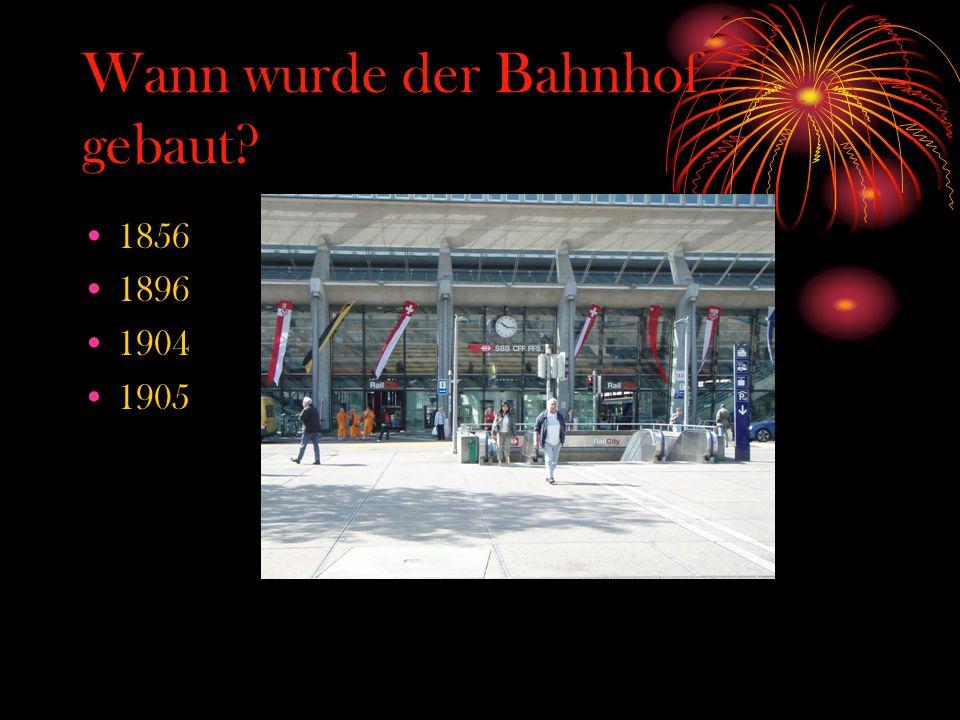 Wann wurde der Bahnhof gebaut? 1856 1896 1904 1905