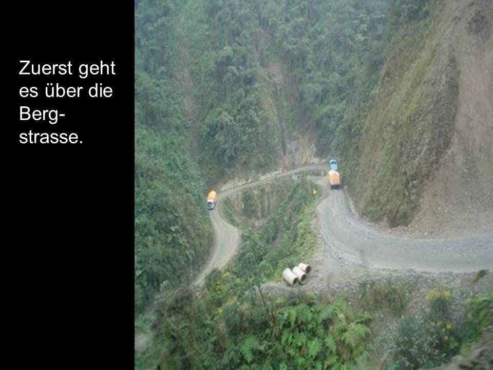Da die Strasse noch ausgebaut wird, kann es vorkommen, dass das eine oder andere Baufahrzeug euch behindert.
