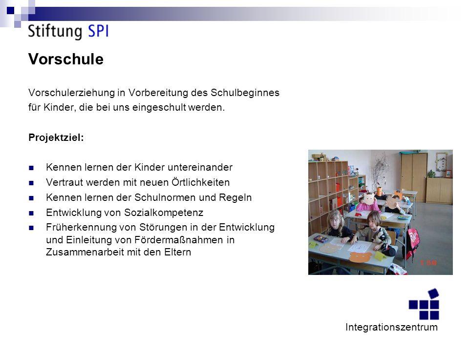 Vorschule Vorschulerziehung in Vorbereitung des Schulbeginnes für Kinder, die bei uns eingeschult werden.