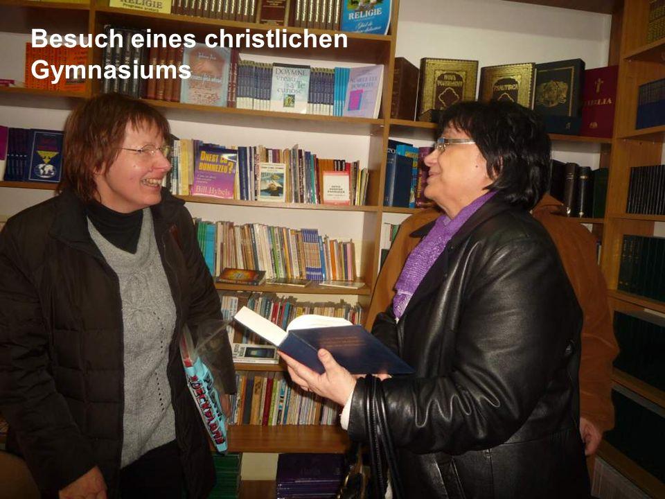 Besuch eines christlichen Gymnasiums