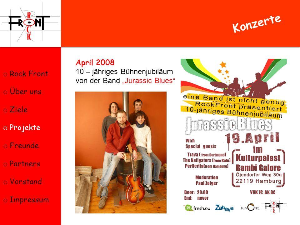 Juni 2008 Wohltätigkeitsveranstaltung Chunga-Changa zum Kinderschutztag und Auftritt der Hamburger Band Periferija im KNUST.