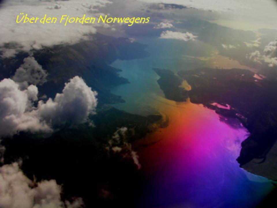 Über den Fjorden Norwegens