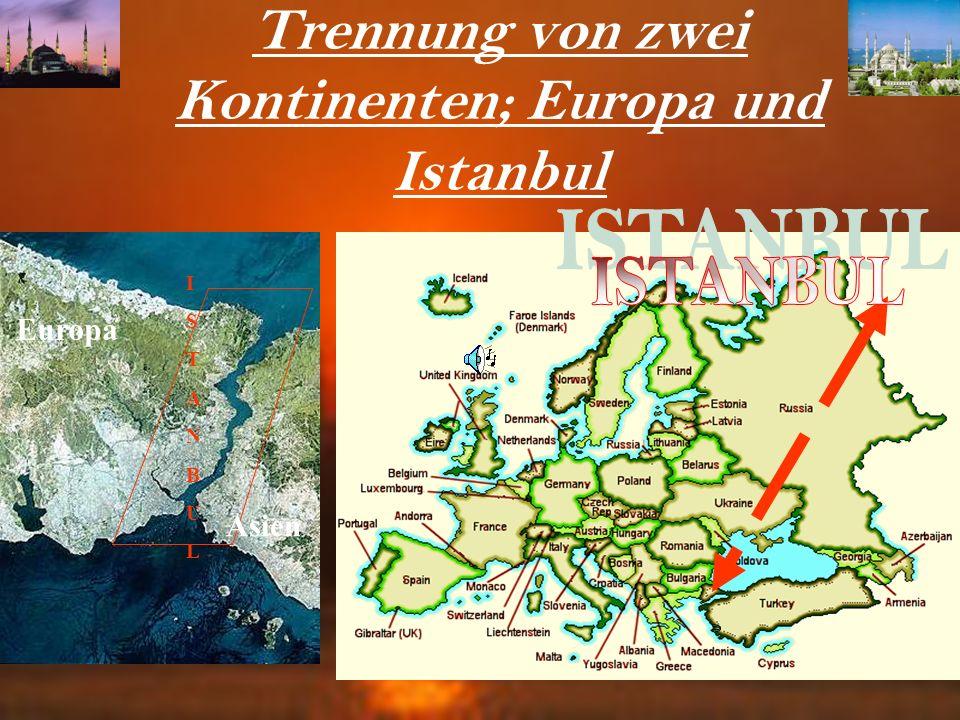 Rumeli- und Anadolu-Hisar Die Bosporus-Festung Rumeli Hisari wurde 1452 mit Anadoluhisari (asiatische Seite) zur Kontrolle des Bosporus erbaut. Eine F