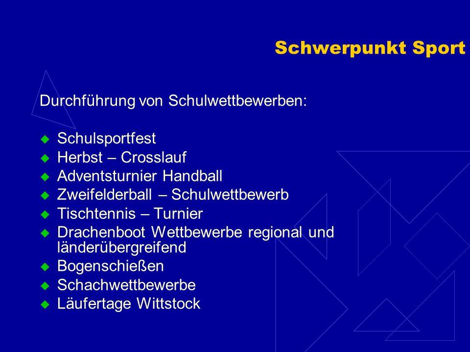 Arbeitsgemeinschaften Sport 3 & 4 Sport 1 & 2 Bogenschießen 5 – 6 Drachenboot Tai Chi / Karate Schach Gitarre Akkordeon / Melodika Flöte Kunst Basteln