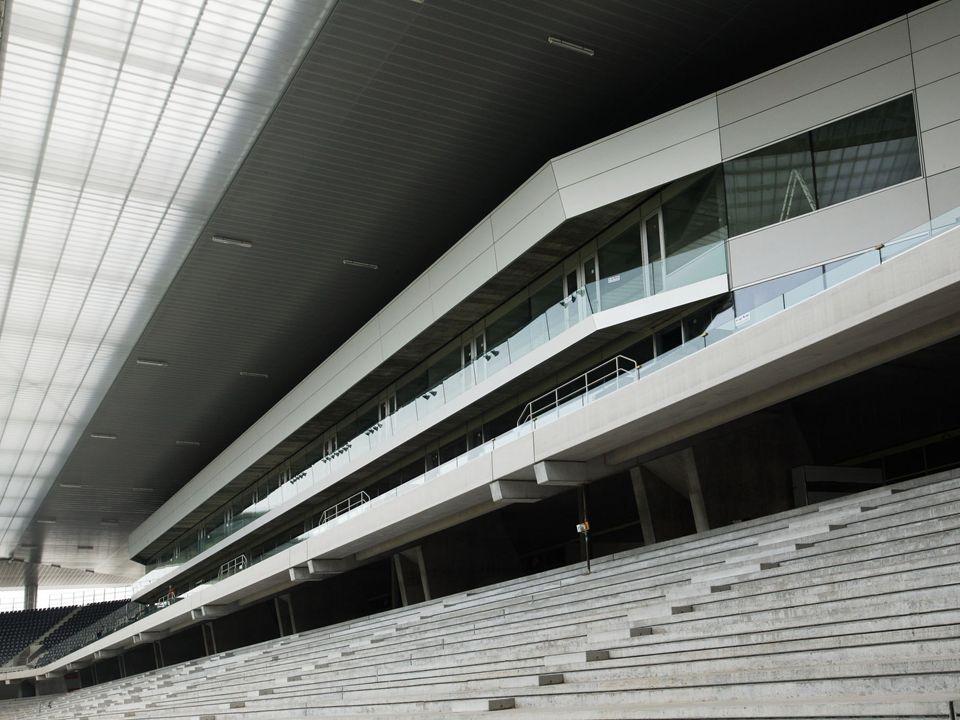 /4 STADIONARBEITEN Übersicht/Themen Rahmenprogramm Spektakel Match Tag der offenen Tür Tickets Stadionarbeiten Interview
