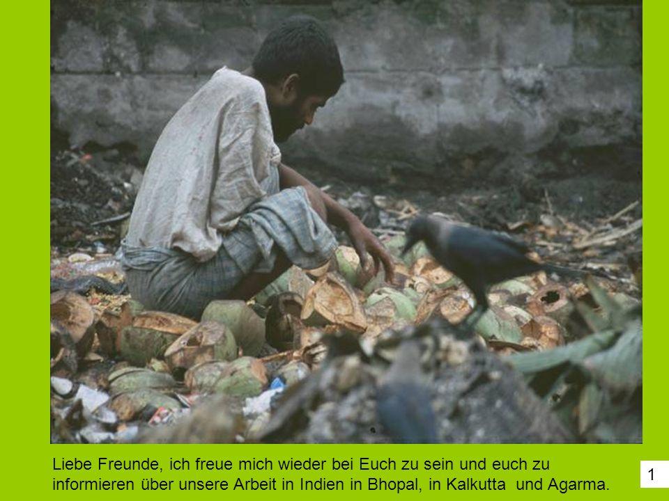 2In der Millionenstadt Kalkutta leben Menschen in großem Elend