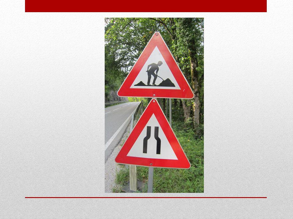 Wer kann jetzt alle Verkehrszeichen in der richtigen Reihenfolge aufschreiben?
