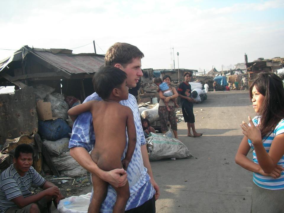 Gliederung Das Umfeld: Die Lebensbedingungen im Slum Wie kam es zum Projekt Paaralang Pag-Asa.