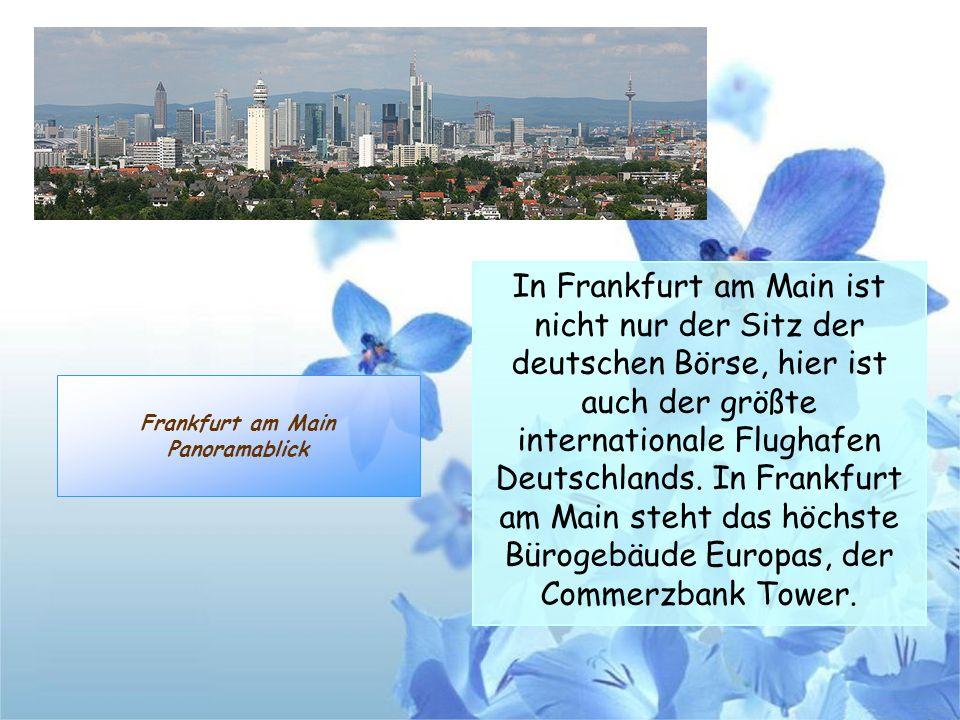Frankfurt am Main Panoramablick In Frankfurt am Main ist nicht nur der Sitz der deutschen Börse, hier ist auch der größte internationale Flughafen Deu