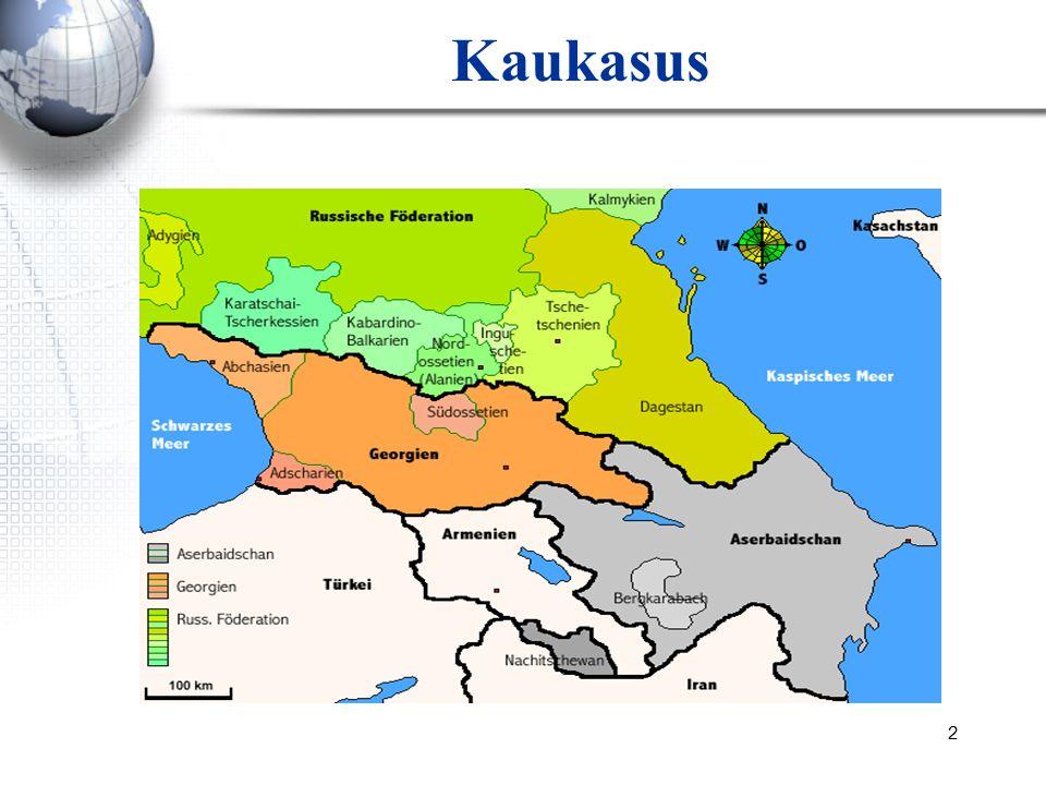 3 Zentraler Kaukasus GeorgienAserbaidschanArmenien Fläche (km²)69.70086.60029.800 Einwohnerzahl (Milion) 4,49,13,3 HauptstadtTbilisiBakuJerevan Bevölkerungsdichte Einwohner pro km² 66105107 WährungLariManatDram BIP (2010) –Billion USD 11.66554.3709.389