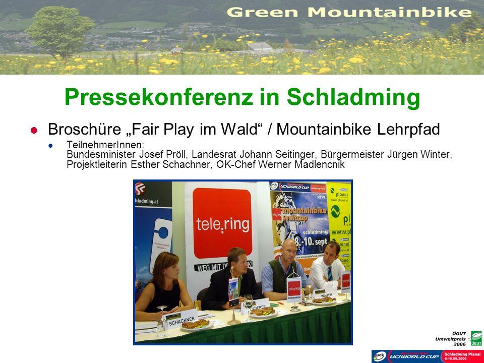 Pressekonferenz in Schladming Broschüre Fair Play im Wald / Mountainbike Lehrpfad TeilnehmerInnen: Bundesminister Josef Pröll, Landesrat Johann Seitin
