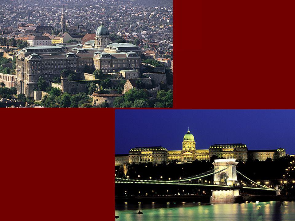 Burgviertel Buda und Uferzone der Donau in Budapest Die Budaer Burg wurde vor 750 Jahren gegründet. 100 Jahre später, als der Sitz der Könige von Vise