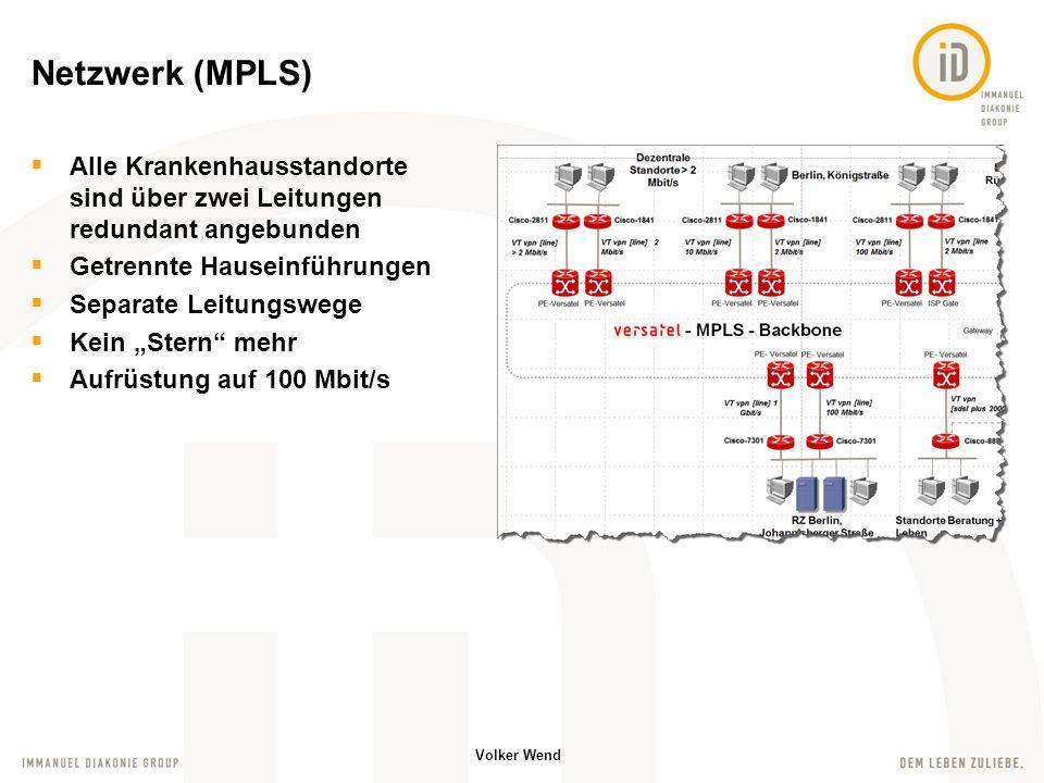 Volker Wend Medizinische Fachanwendungen kommunizieren per HL7 über einen zentralen Schnittstellenserver ADT, ORU, ORM, … Es ist ein komplexes Netzwerk enstanden um alle Systeme mit Patientenstammdaten zu versorgen, Befunde anzunehmen und weiterzutransportieren.