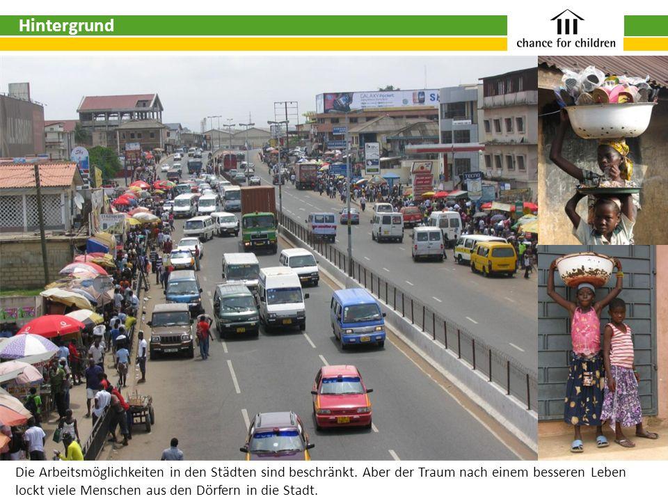 Die Arbeitsmöglichkeiten in den Städten sind beschränkt. Aber der Traum nach einem besseren Leben lockt viele Menschen aus den Dörfern in die Stadt. H