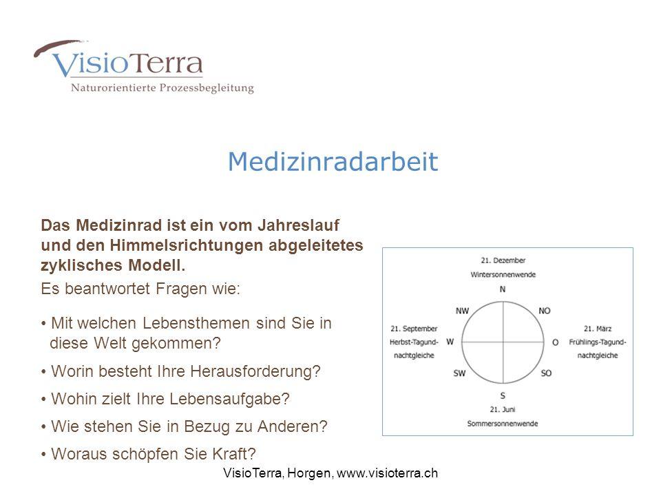 Medizinradarbeit Das Medizinrad ist ein vom Jahreslauf und den Himmelsrichtungen abgeleitetes zyklisches Modell.