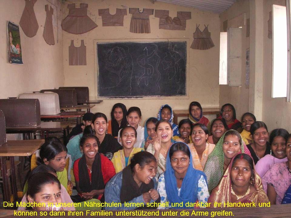 Hier sehen wir die Missionsstation in Agharma, dem Ort, in dem wir in den vergangenen Jahren eine neue Schule, für ca.