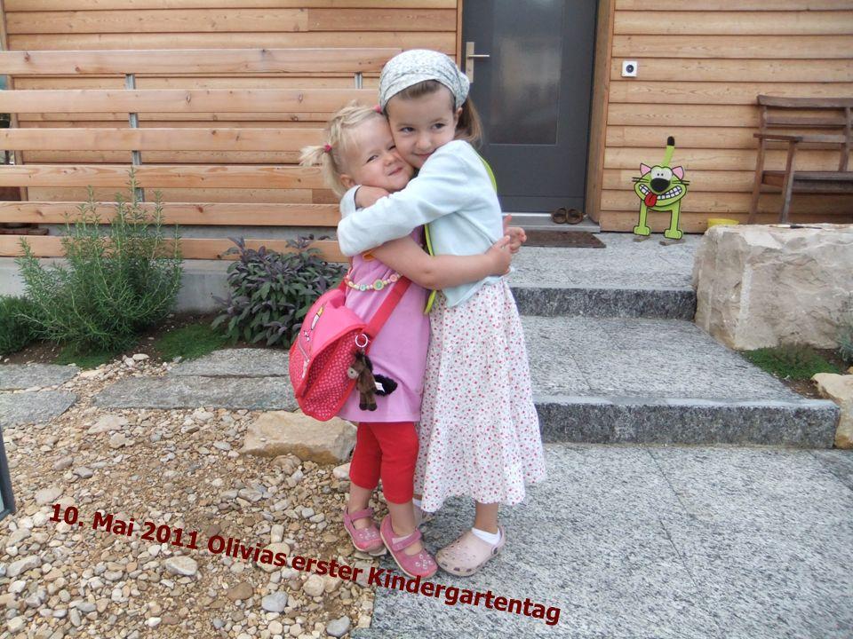 3 Jahre alt Olivia die Puppenmutter Im Februar 2011 Valentina Geörgeli