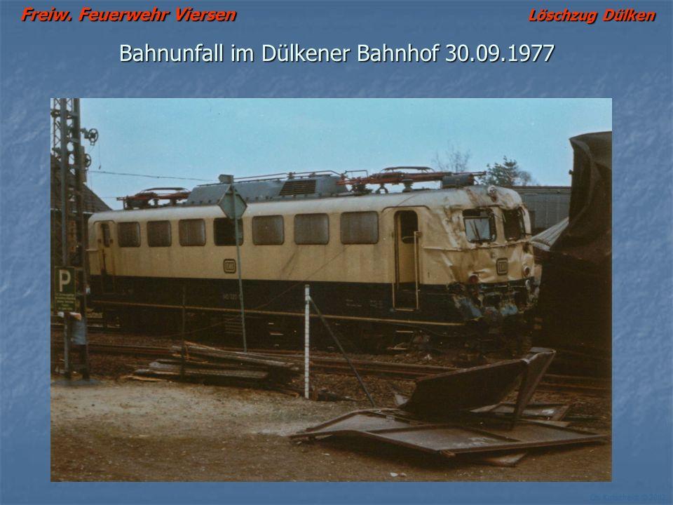 Freiw. Feuerwehr Viersen Löschzug Dülken Ch. Kutscheidt © 2002 Bahnunfall im Dülkener Bahnhof 30.09.1977