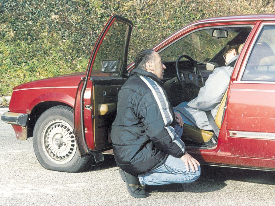 Öffnen der Fahrzeugtür Bewusstseinskontrolle: Ansprechen
