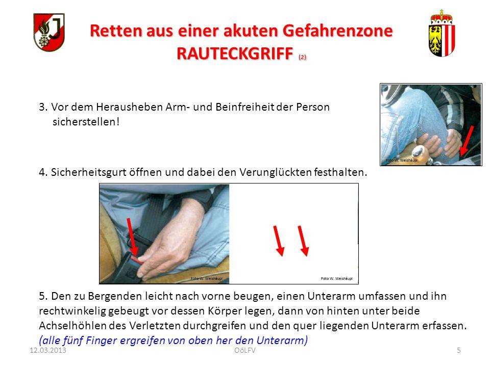 16 Sofortmaßnahmen : Beengende Kleidung öffnen (nasse Kleidung entfernen).
