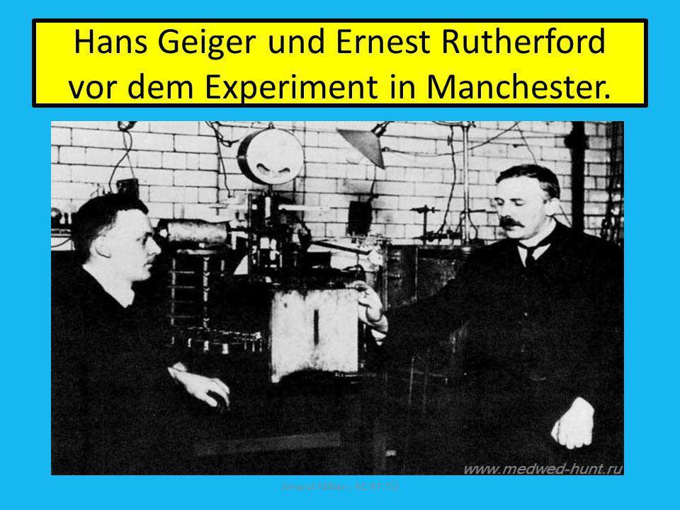 Hans Geiger und Ernest Rutherford vor dem Experiment in Manchester. Amand Fäßlerr, RC RT-TÜ