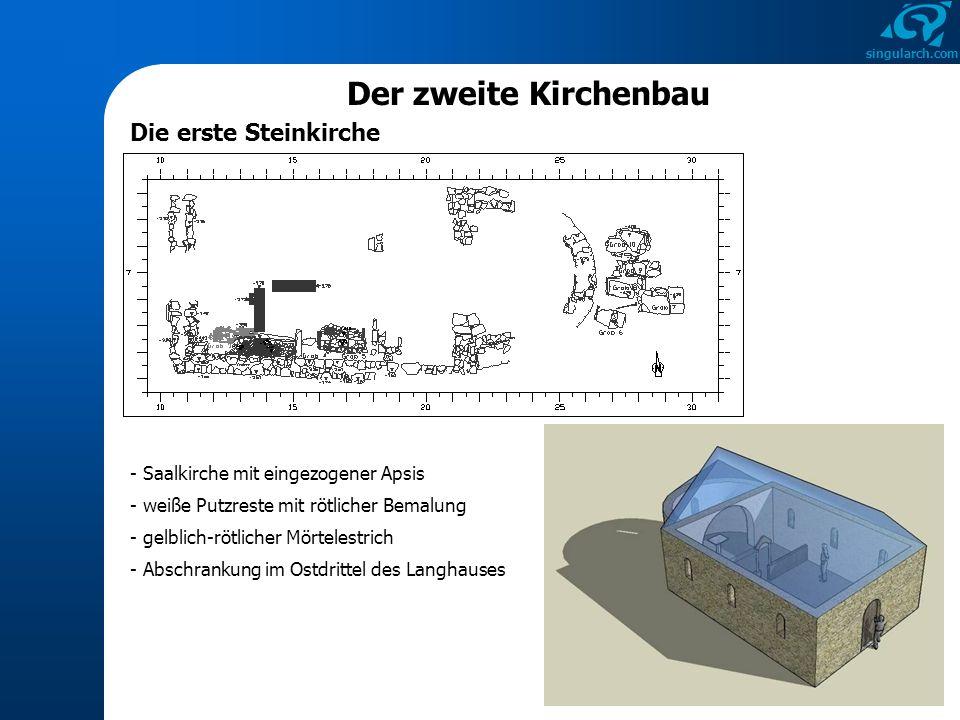 singularch.com - Saalkirche mit eingezogener Apsis - Abschrankung im Ostdrittel des Langhauses - weiße Putzreste mit rötlicher Bemalung - gelblich-röt