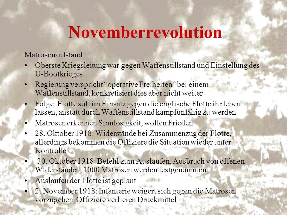 Novemberrevolution 2.November 1918: Demonstration von Werftarbeitern und Matrosen 4.