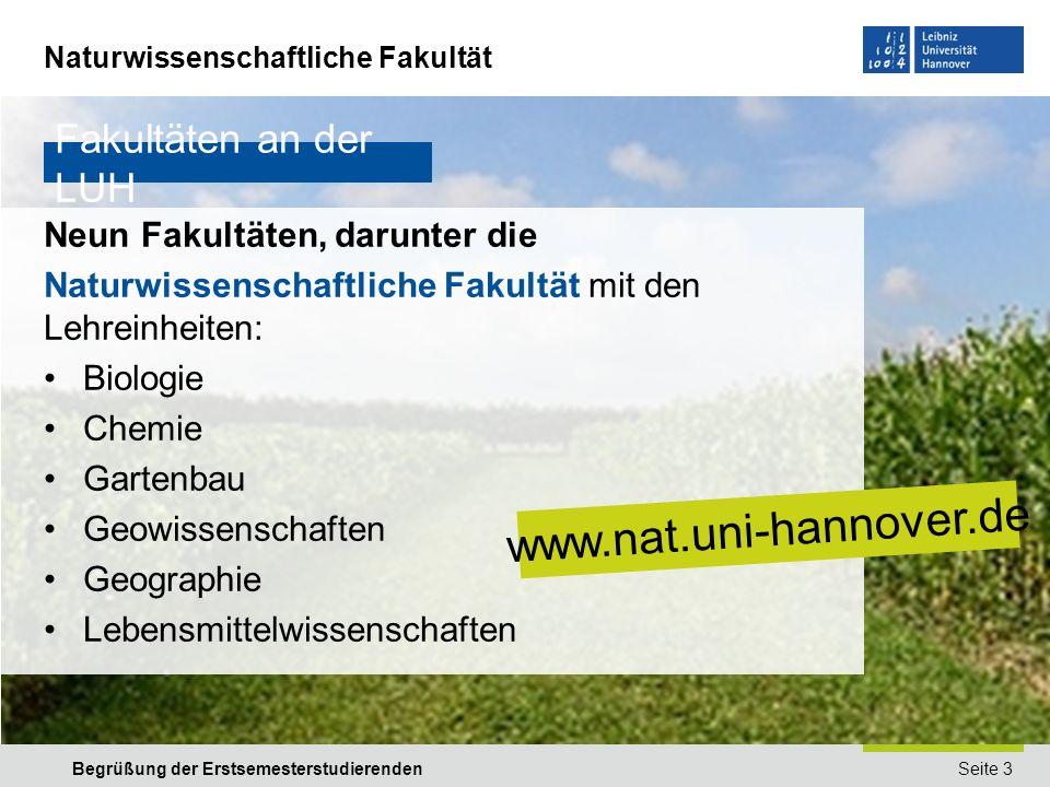 Naturwissenschaftliche Fakultät Seite 4Begrüßung der Erstsemesterstudierenden Fakultätsleitung – das Dekanat der Fakultät Der Dekan Prof.