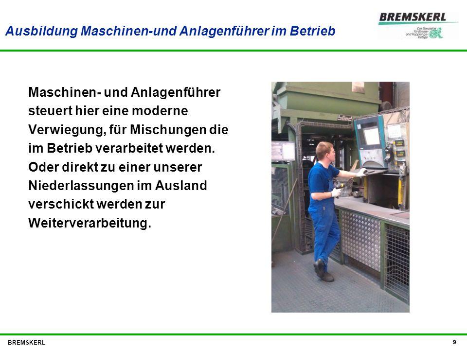 Ausbildung Maschinen-und Anlagenführer im Betrieb Maschinen- und Anlagenführer steuert hier eine moderne Verwiegung, für Mischungen die im Betrieb ver