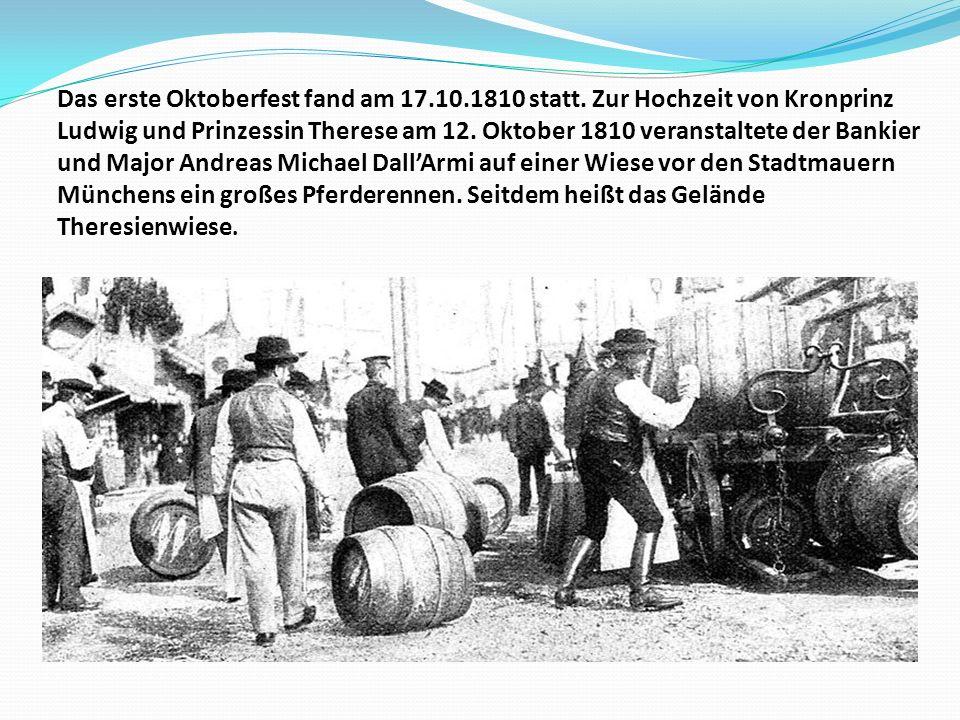Auf dem Oktoberfest gibt es ein Riesenrad, eine Krinoline (ein traditionelles Rundkarussell), und viele anderen Schaustellerbetriebe.