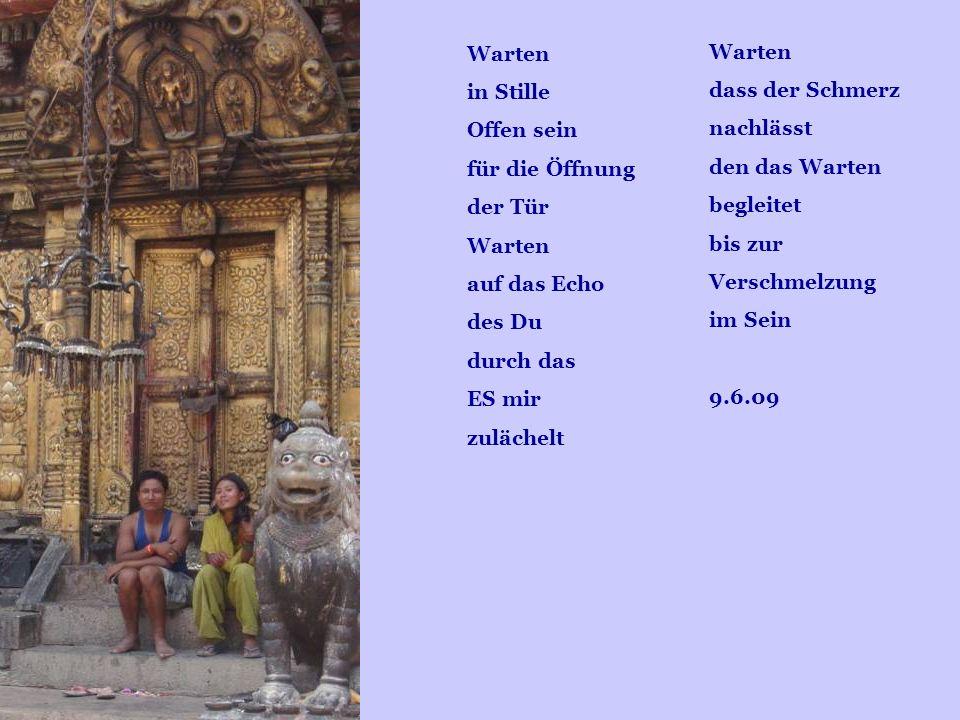 Gedankenimpulse einkleiden in Wort-Gewänder Verschenken der Schätze der Seele Freudenspritzer lachen das Dunkel fort erhellen traurige Pfade Der Widerhall im anderen Herzen stärkt noch die Kraft des Aufbaus Inspiration atmet hindurch aus den hohen Quellen Der Dunst des Missmuts zerfliegt Es bleibt die Weite des heiteren Raumes 9.6.09