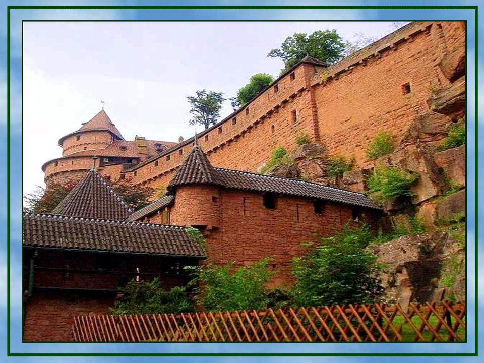 Der mittelalterliche Garten. Der mittelalterliche Garten. Im Mittelalter war die Burg Haut-Kœnigsbourg aller Wahrscheinlichkeit nach, auch von einem G